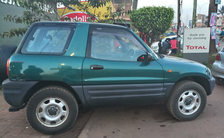 Toyota Rav4 short for couple